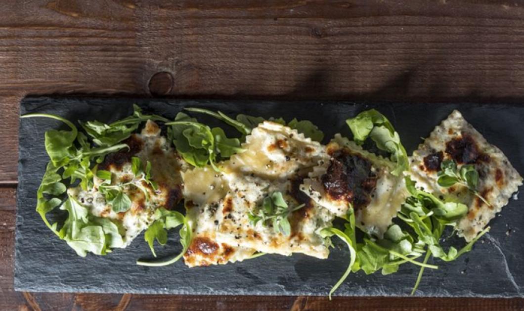 Βίντεο: Ραβιόλια με λιαστή ντομάτα και τυρί από τον εξαιρετικό Άκη Πετρετζίκη!  - Κυρίως Φωτογραφία - Gallery - Video