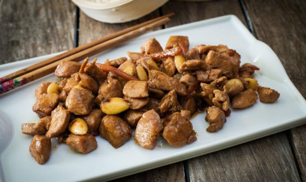 Γρήγορα & γευστικά μας ταξιδεύει στην Ασία ο μετρ της κουζίνας, Έκτορας Μποτρίνι - Μοναδικό κοτόπουλο με αμύγδαλα... - Κυρίως Φωτογραφία - Gallery - Video