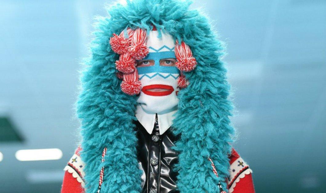 "Gucci η ""τρομοκρατία"" της μόδας: Αντί για τσάντες... δρακουλίνια, φίδια & ανατριχιαστικοί σωσίες σας φορεμένα από ανδρόγυνα μοντέλα - Κυρίως Φωτογραφία - Gallery - Video"