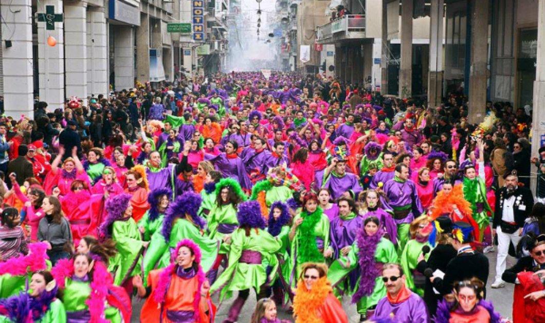 Στον ξέφρενο ρυθμό του καρναβαλιού - Ζωντανή εικόνα από την μεγάλη παρέλαση αρμάτων και πληρωμάτων στην Πάτρα (ΒΙΝΤΕΟ) - Κυρίως Φωτογραφία - Gallery - Video
