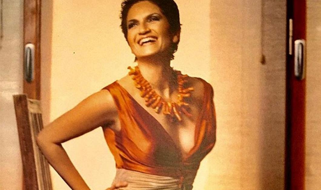Όταν η Άλκηστις Πρωτοψάλτη ζήτησε από τον Μιχάλη Ασλάνη να της φτιάξει φουστάνι ταιριαστό με την ψυχή της (ΦΩΤΟ) - Κυρίως Φωτογραφία - Gallery - Video