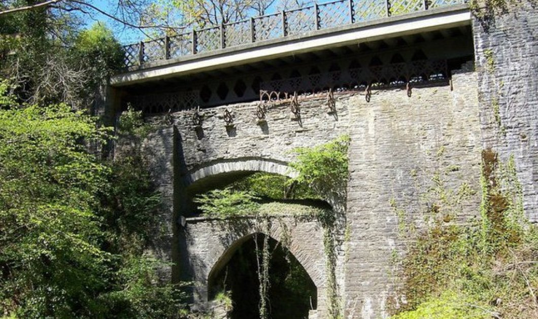 Η πιο περίεργη γέφυρα του κόσμου βρίσκεται στην Ουαλία! Είναι χτισμένες 3 μαζί η μία πάνω στην άλλη (ΦΩΤΟ)  - Κυρίως Φωτογραφία - Gallery - Video
