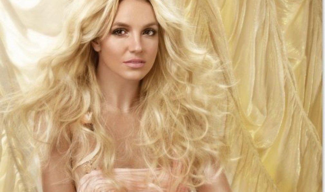 Η Britney Spears μπαίνει στο γήπεδο και δείχνει το ταλέντο της στο τένις σε ένα απολαυστικό βίντεο! - Κυρίως Φωτογραφία - Gallery - Video