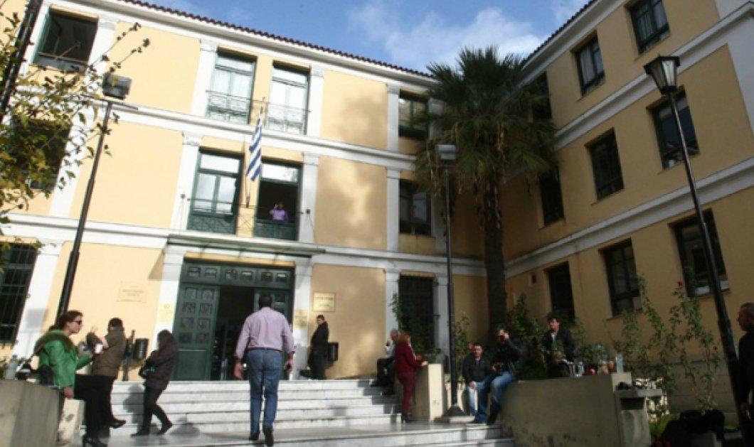 """""""Συναγερμός"""" στην Ευελπίδων - Εξερράγη βόμβα δίχως προειδοποιητικό τηλεφώνημα, άγνοια δηλώνει η ΕΛ.ΑΣ. - Κυρίως Φωτογραφία - Gallery - Video"""