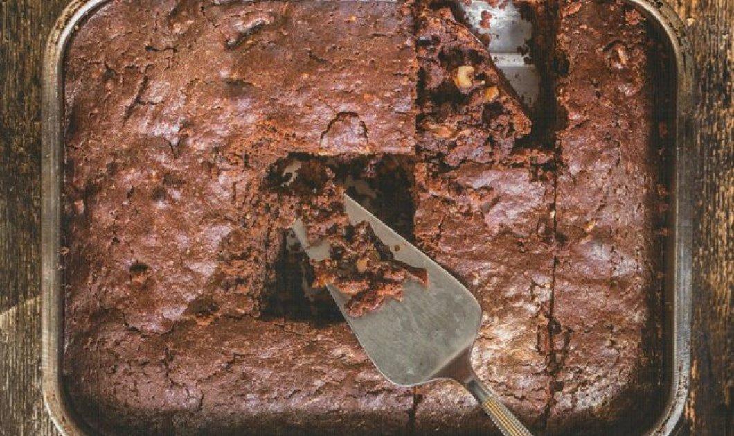 Λαχταριστά και νηστίσιμα brownies χωρίς αυγά και βούτυρο από την αγαπημένη μας Αργυρώ Μπαρμπαρίγου - Κυρίως Φωτογραφία - Gallery - Video