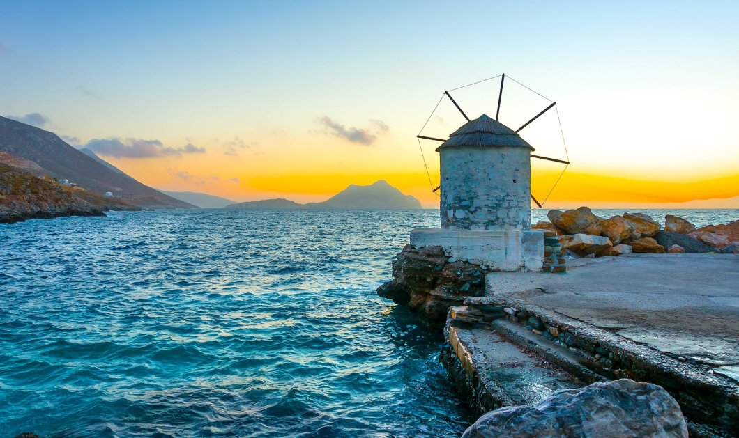 "Good news: Οι Financial Times ""αποθεώνουν"" τη Σέριφο, τη Μάνη & την Αμοργό - Τα ομορφότερα καταφύγια της Μεσογείου!   - Κυρίως Φωτογραφία - Gallery - Video"