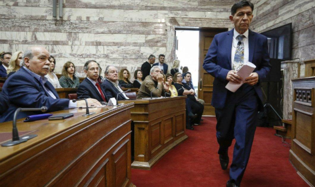 """Στο βήμα της Βουλής ανέβηκε ο Γεράσιμος Σκιαδαρέσης! Ο """"μονόλογος"""" του ηθοποιού που εντυπωσίασε τους Έλληνες βουλευτές (ΦΩΤΟ) - Κυρίως Φωτογραφία - Gallery - Video"""