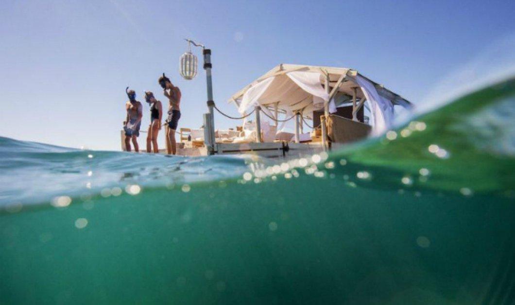 Αυτό το πλωτό Airbnb είναι η μεγαλύτερη φαντασίωση για τους λάτρεις του Great Barrier Reef (ΦΩΤΟ) - Κυρίως Φωτογραφία - Gallery - Video