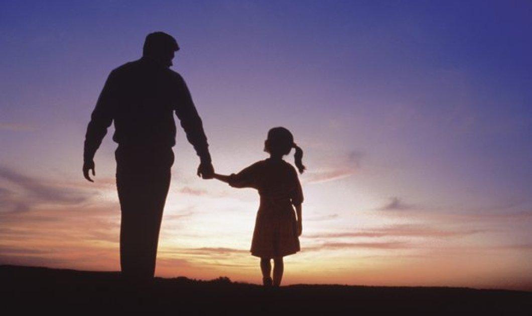 Τα συγκλονιστικά λόγια γνωστού δημοσιογράφου μετά την απώλεια του παιδιού του: «Το μόνο που μπορώ να κάνω...» (ΒΙΝΤΕΟ) - Κυρίως Φωτογραφία - Gallery - Video
