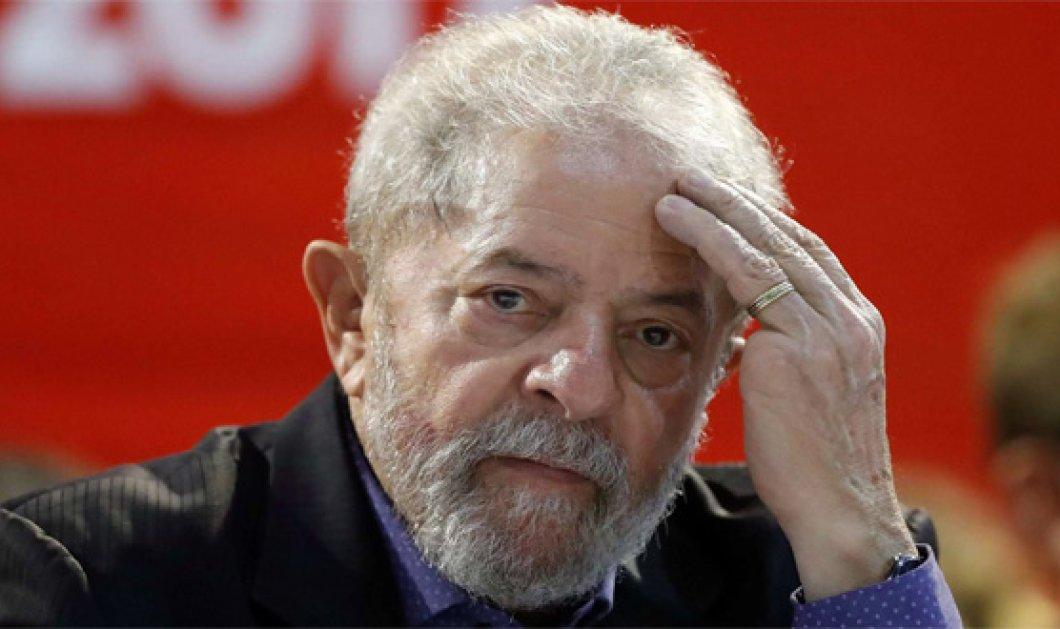 Βραζιλία: Η δραματική στιγμή που ο πρώην πρόεδρος Λούλα μπαίνει στο ελικόπτερο & πάει φυλακή (ΒΙΝΤΕΟ) - Κυρίως Φωτογραφία - Gallery - Video