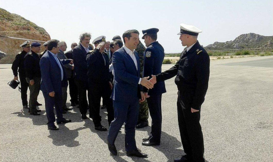 """Αλέξης Τσίπρας: """"Έξοδος από επιτροπεία τόσο καθαρή όσο ο ουρανός του Καστελόριζου"""" - Κυρίως Φωτογραφία - Gallery - Video"""