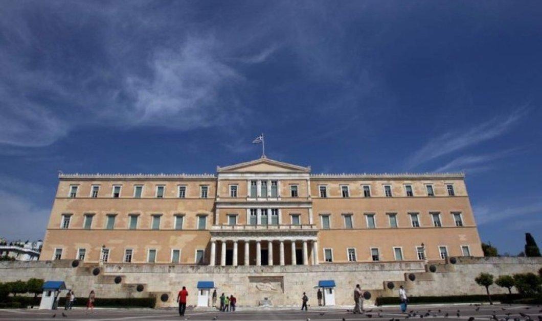 Ο Δημήτρης Καμπουράκης σχολιάζει: Να καεί, να καεί… -Το τζέρτζελο με ΠΑΟΚ & τον βουλευτή - Κυρίως Φωτογραφία - Gallery - Video