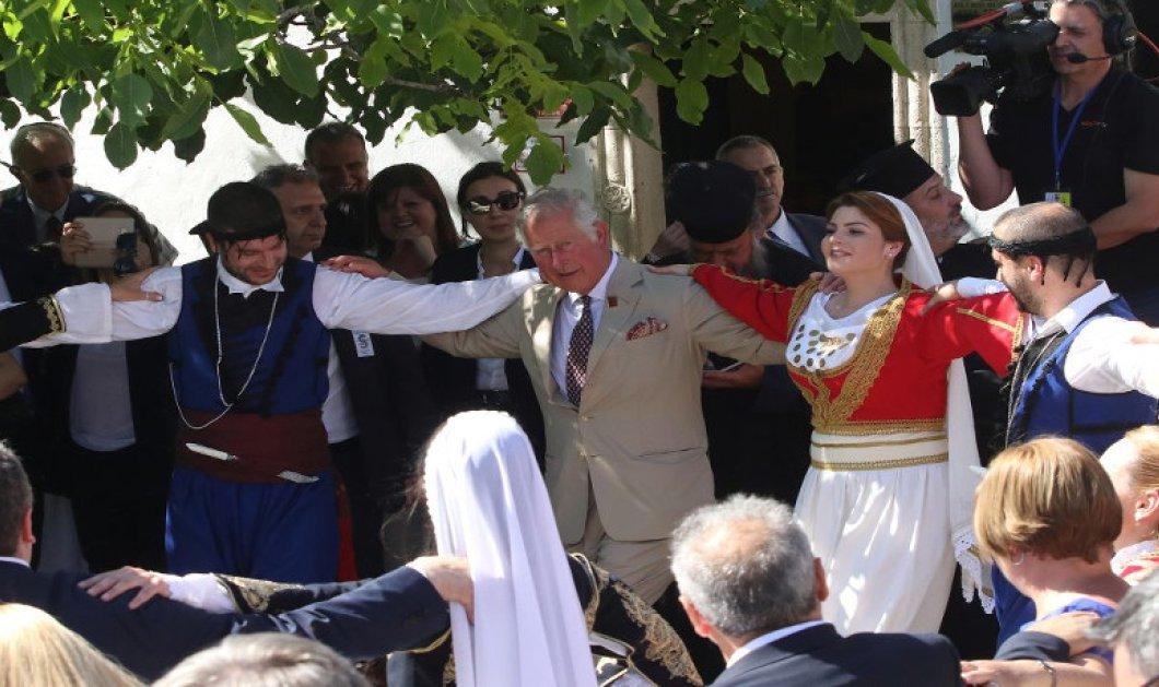 Ήντα κάνεις Κάρολε; - Χόρεψε πεντοζάλη και αποθεώθηκε! - Το χρονικό της επίσκεψης στην Κρήτη (ΦΩΤΟ-ΒΙΝΤΕΟ) - Κυρίως Φωτογραφία - Gallery - Video