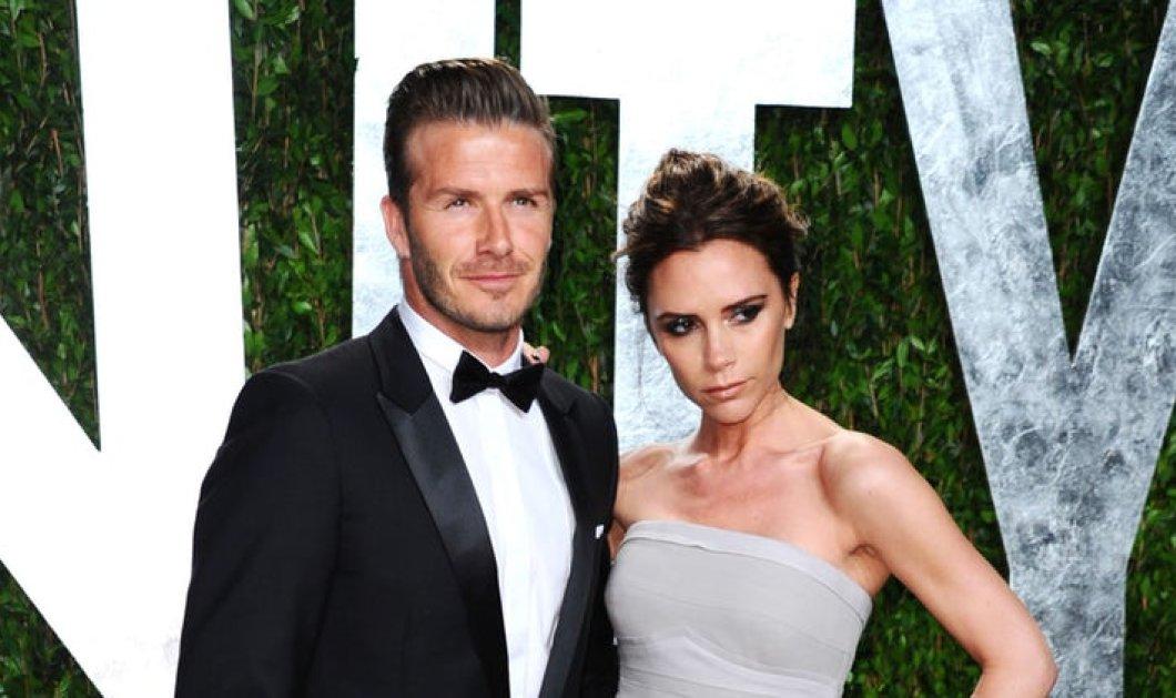 Το fashion statement ντύσιμο του «βασιλικού» ζευγους David & Victoria Beckham στον γάμο Meghan- Harry (ΦΩΤΟ) - Κυρίως Φωτογραφία - Gallery - Video