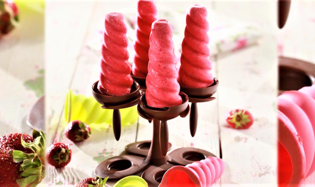 Φτιάξτε μόνοι σας την πιο δροσιστική γρανίτα φράουλα με γιαούρτι από την Ντίνα Νικολάου  - Κυρίως Φωτογραφία - Gallery - Video