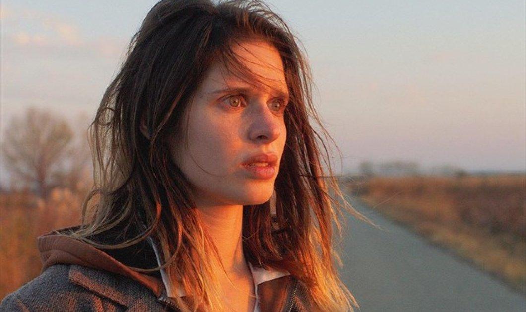 Τοpwoman η ηθοποιός Δάφνη Πατακιά: Θα είναι η πρωταγωνίστρια στη νέα ταινία του Πολ Βερχόφεν  - Κυρίως Φωτογραφία - Gallery - Video
