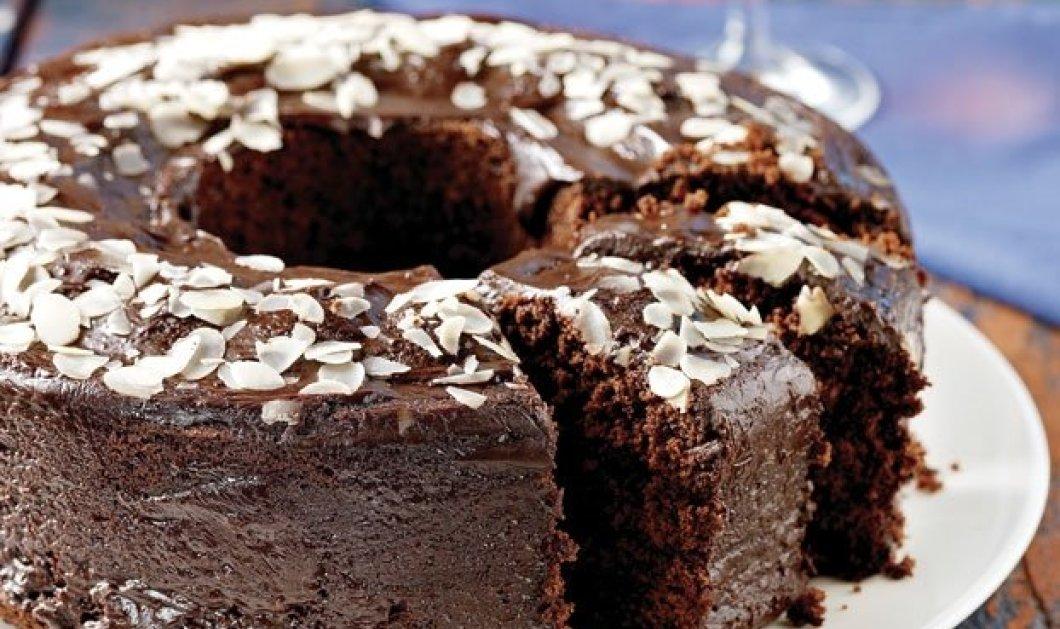 Πανεύκολο & πεντανόστιμο! Κέικ κακάο µε γλάσο σοκολάτας από την μοναδική Αργυρώ Μπαρμπαρίγου - Κυρίως Φωτογραφία - Gallery - Video