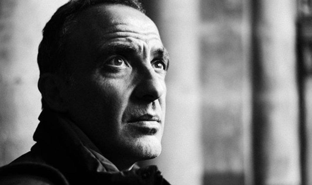 Νίκος Αλιάγας: Από την ασπρόμαυρη ματιά του δεν γλιτώνει κανείς- Τα υπέροχα πορτραίτα του ταλαντούχου Έλληνα παρουσιαστή - Κυρίως Φωτογραφία - Gallery - Video
