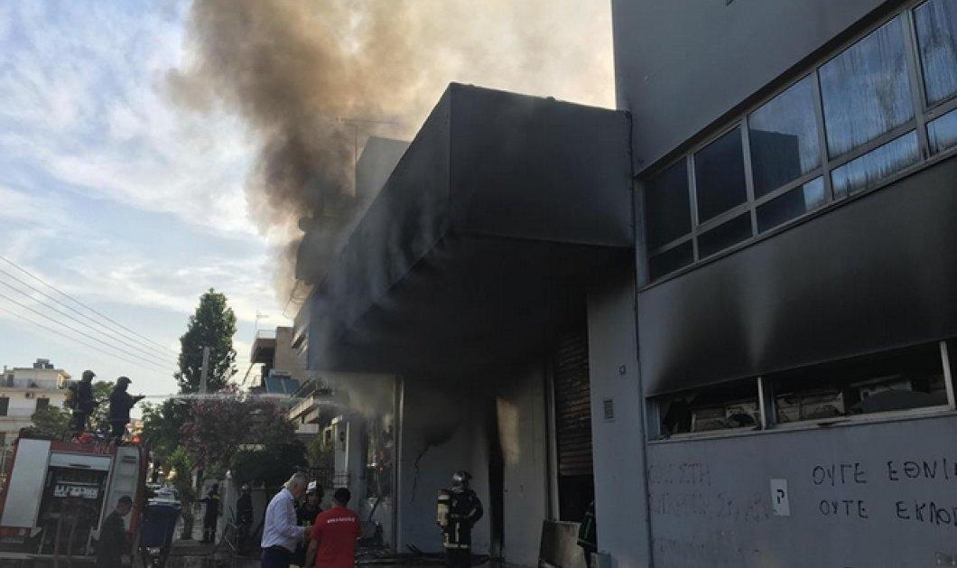 Υπό έλεγχο η μεγάλη πυρκαγιά σε αποθήκη ηλεκτρικών ειδών στο Περιστέρι (ΦΩΤΟ-ΒΙΝΤΕΟ) - Κυρίως Φωτογραφία - Gallery - Video
