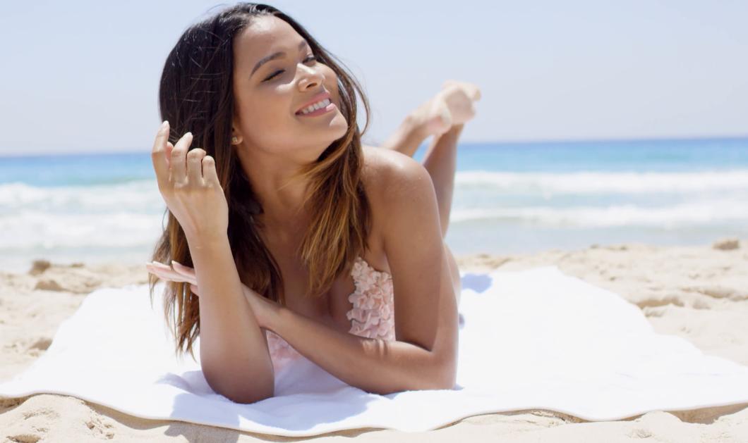Να πως θα διατηρήσετε μαλακή την πετσέτα θαλάσσης σας  - Κυρίως Φωτογραφία - Gallery - Video