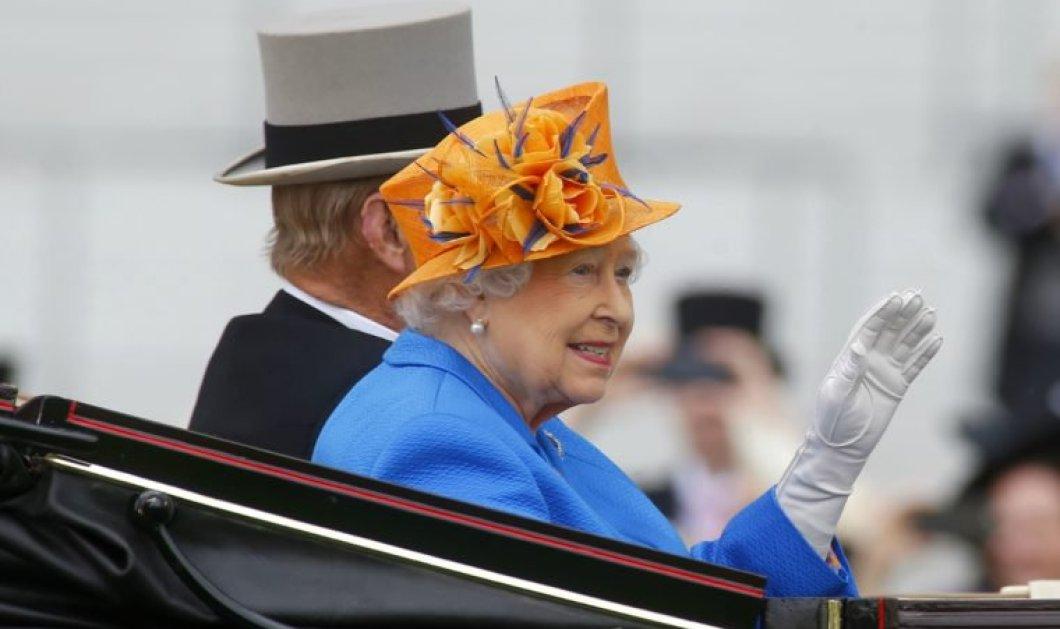 Για ποιο λόγο η βασίλισσα Ελισάβετ φορά πάντα γάντια στις δημόσιες εμφανίσεις της; Και όχι δεν είναι αυτό που νομίζετε! - Κυρίως Φωτογραφία - Gallery - Video
