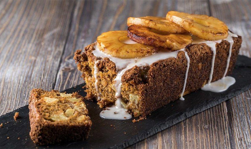 Φοβερό κέικ καρότου με ανανά από τον αγαπημένο μας Άκη Πετρετζίκη! - Κυρίως Φωτογραφία - Gallery - Video