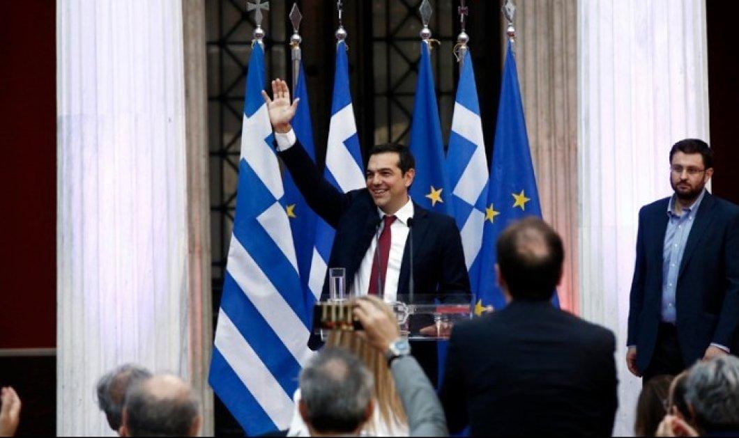 Με γραβάτα στην ομιλία του στο Ζάπειο ο Αλέξης Τσίπρας (ΦΩΤΟ-ΒΙΝΤΕΟ) - Κυρίως Φωτογραφία - Gallery - Video