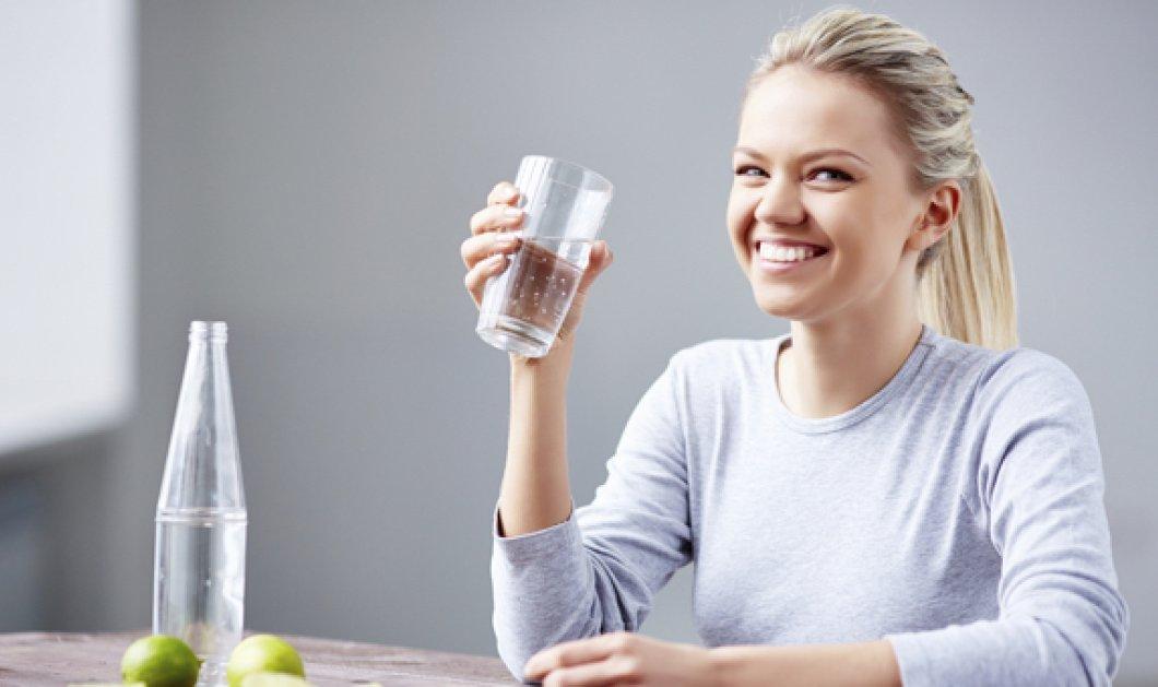 Πόσο νερό πρέπει να πίνουμε καθημερινά και τι οφέλη έχει για το σώμα μας;  - Κυρίως Φωτογραφία - Gallery - Video