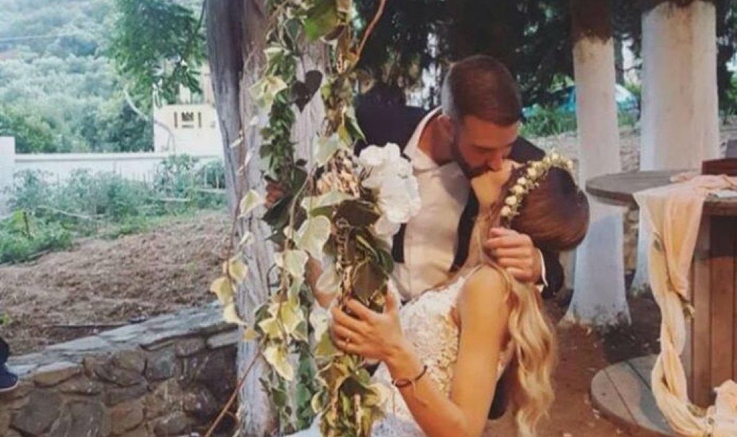 """""""Πεντάμορφη η νύφη στα Χανιά"""": Όμορφα λόγια, ξεκίνησε να τραγουδάει ο γαμπρός και το γλέντι κράτησε ως το πρωί  - Κυρίως Φωτογραφία - Gallery - Video"""