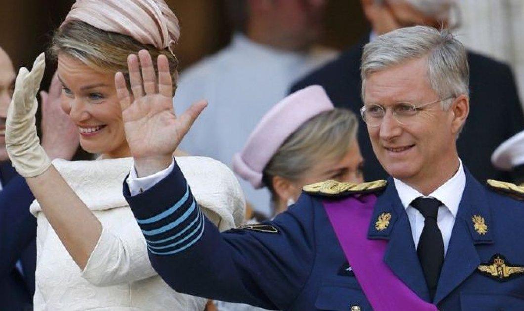 O Βασιλιάς του Βελγίου Φίλιππος γιόρτασε την επέτειο 5 ετών στον θρόνο με θαυμάσιες οικογενειακές φωτογραφίες - Τι φόρεσαν οι κυρίες    - Κυρίως Φωτογραφία - Gallery - Video