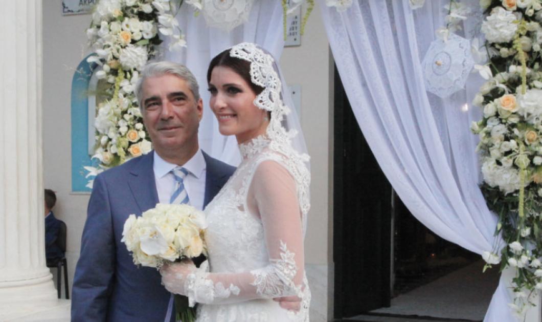 Mόλις παντρεύτηκε ο Σίμος Κεδίκογλου την πανέμορφη νεότατη Κρητικιά Ελισάβετ  - Κυρίως Φωτογραφία - Gallery - Video