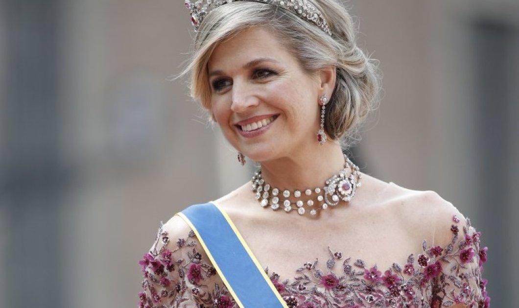 Η βασίλισσα Maxima της Ολλανδίας φόρεσε λουλουδάτο φόρεμα με φτερά και όλοι απόρησαν... (ΦΩΤΟ) - Κυρίως Φωτογραφία - Gallery - Video