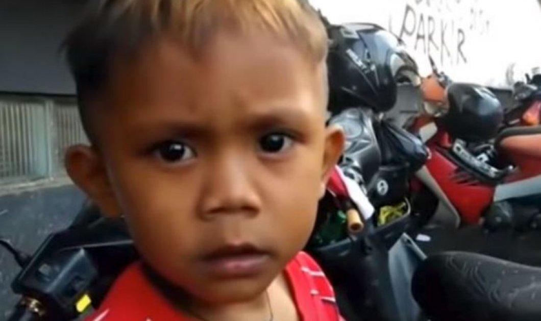 Μοιάζει απίστευτο αλλά αυτό το αγόρι είναι μόλις δυο ετών και  καπνίζει 40 τσιγάρα την ήμερα! (βιντεο) - Κυρίως Φωτογραφία - Gallery - Video