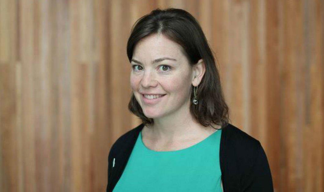 Top woman η 39χρονη υπουργός της Νέας Ζηλανδίας: Πήγε με ποδήλατο στο μαιευτήριο για να γεννήσει (Φωτό) - Κυρίως Φωτογραφία - Gallery - Video