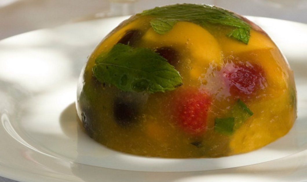 Υπέροχο ζελέ με καλοκαιρινά φρούτα από τον Στέλιο Παρλιάρο - Κυρίως Φωτογραφία - Gallery - Video