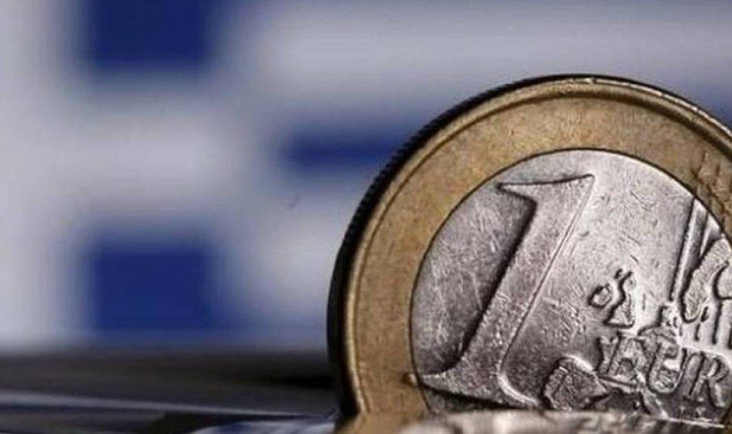 Θεσμοί: «Το χρέος είναι βιώσιμο» - Προς ακύρωση των μειώσεων στις συντάξεις - Κυρίως Φωτογραφία - Gallery - Video