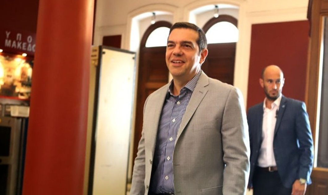 """Στη Θεσσαλονίκη ο Τσίπρας για σύσκεψη με παραγωγικούς φορείς- """" Η 83η ΔΕΘ σηματοδοτεί το πέρασμα στη νέα εποχή για την Ελλάδα """" - Κυρίως Φωτογραφία - Gallery - Video"""