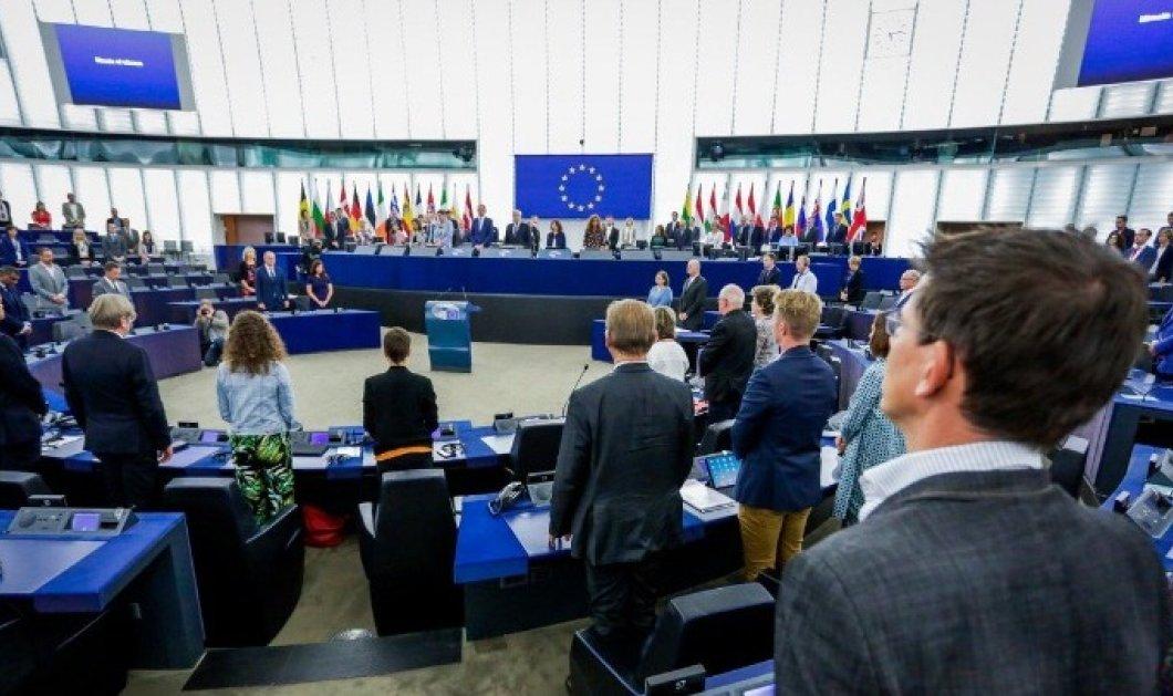 Ευρωκοινοβούλιο: Ενός λεπτού σιγή για τα θύματα της τραγωδίας στο Μάτι - Κυρίως Φωτογραφία - Gallery - Video