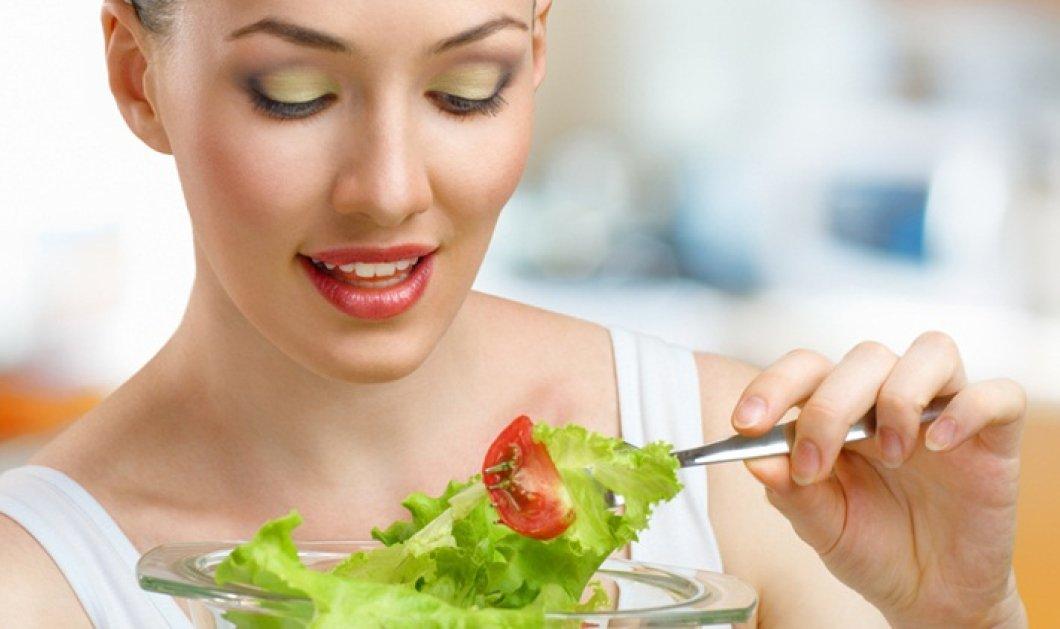 Ένας πολύτιμος κανόνας για τη διατροφή σας: Τρώτε αργά για να μην παχύνετε - Κυρίως Φωτογραφία - Gallery - Video