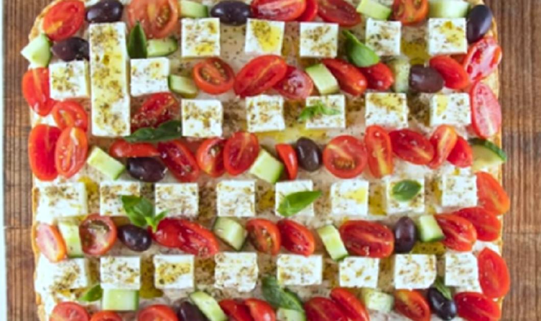 Στο πνεύμα των ημερών ο Άκης Πετρετζίκης : Φτιάχνει επική Πίτα Ελληνική σημαία (βίντεο)  - Κυρίως Φωτογραφία - Gallery - Video