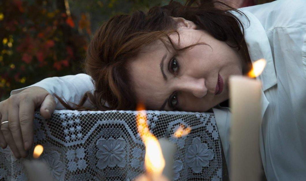 Το έργο «Η Μητέρα του Άγιου» του Αντώνη Τσιπιανίτη, παρουσιάζεται στο θέατρο Αγγέλων Βήμα σε σκηνοθεσία της Ρέινα Εσκενάζυ   - Κυρίως Φωτογραφία - Gallery - Video