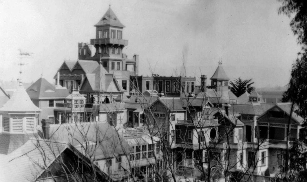Η στοιχειωμένη έπαυλη με τα 60 δωμάτια, 2.000 πόρτες, 10.000 παράθυρα χτιζόταν 38 χρόνια - H ιστορία της χήρας ιδιοκτήτριας (φωτό) - Κυρίως Φωτογραφία - Gallery - Video