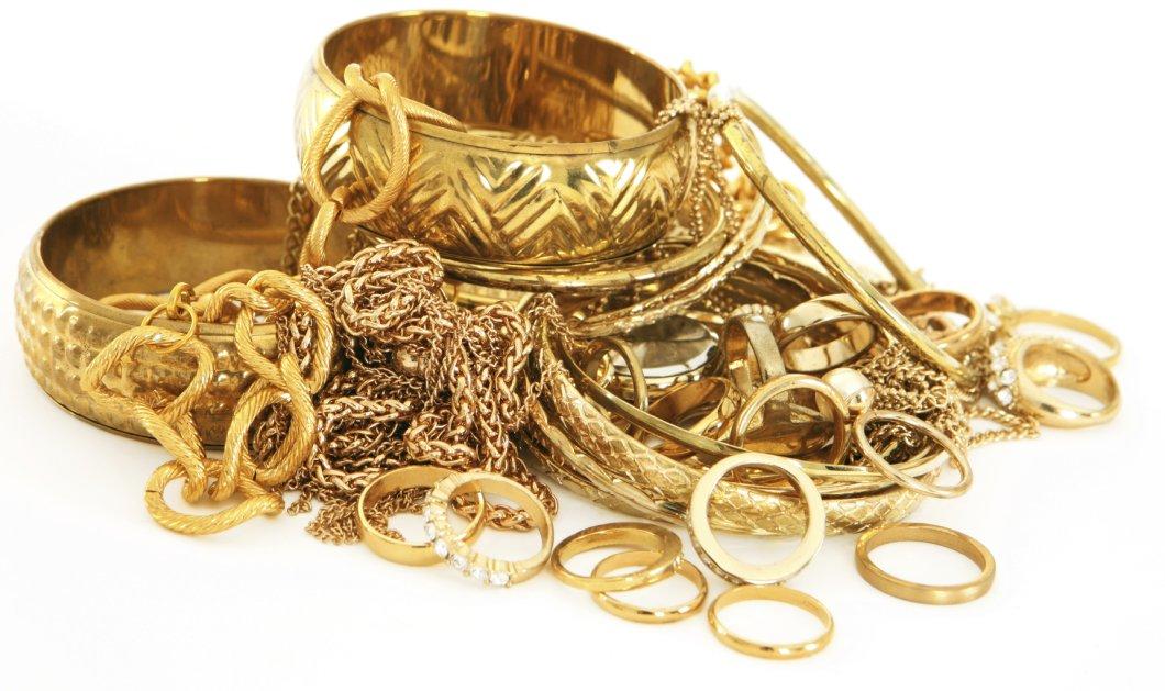Συνελήφθη πασίγνωστος ενεχυροδανειστής και 59 ακόμα άτομα - Μεταπωλούσαν τεράστιες ποσότητες χρυσού στο εξωτερικό - Κυρίως Φωτογραφία - Gallery - Video