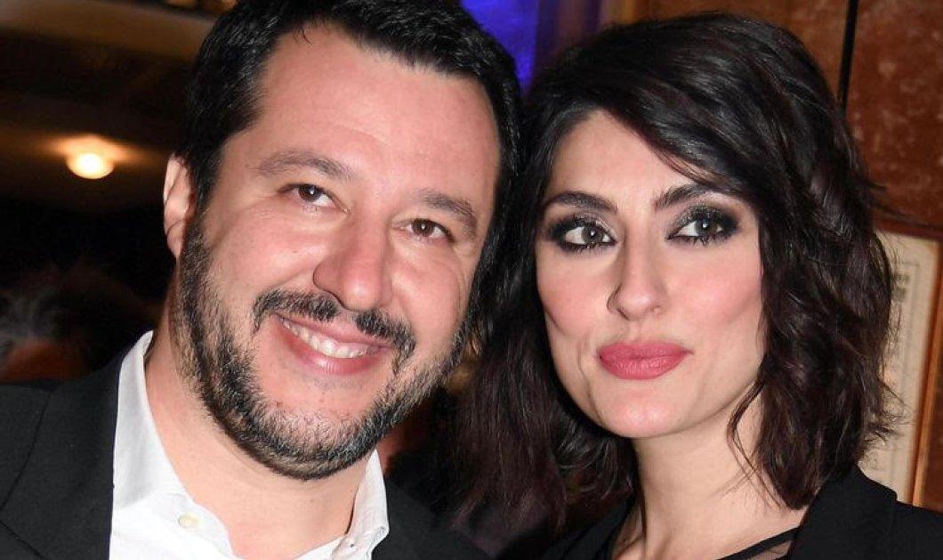 Ο διαβόητος Ιταλός υπουργός, Ματέο Σαλβίνι, ενημερώνει για τα ερωτικά του: «Αγάπησα την παρουσιάστρια της RAI αλλά αυτή έχει άλλες προτεραιότητες...» (Φωτό) - Κυρίως Φωτογραφία - Gallery - Video