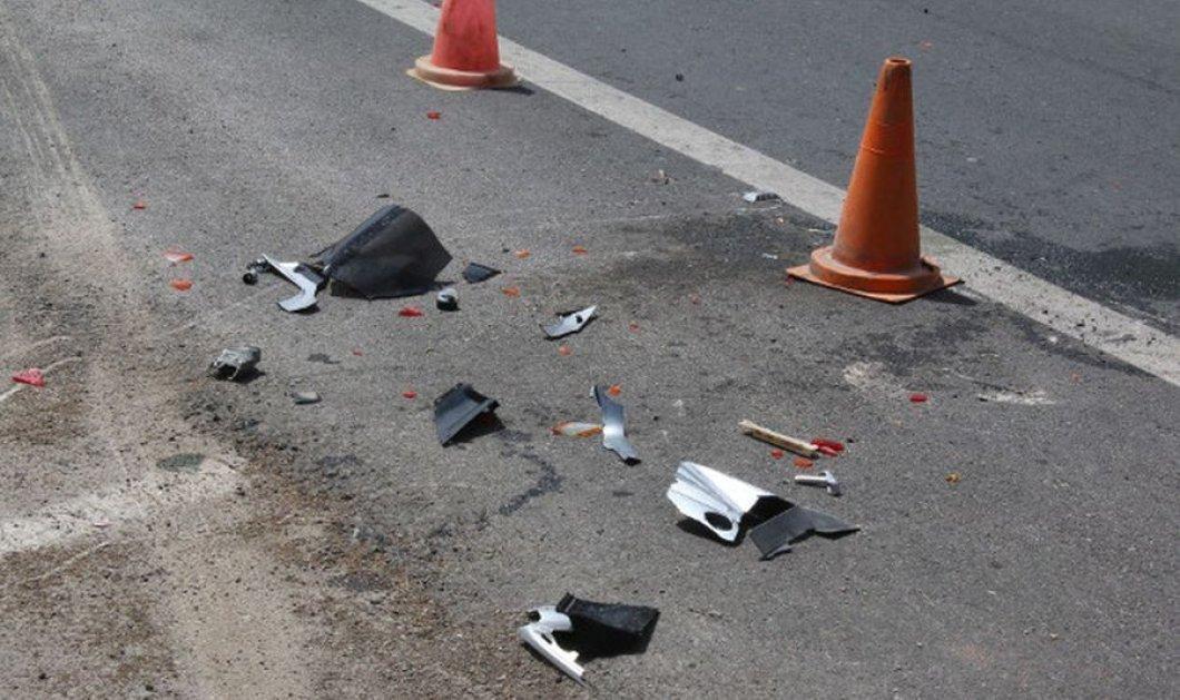 Απίστευτο βίντεο με αυτοκίνητο: Αναποδογύρισε και προσγειώθηκε στο πεζοδρόμιο   - Κυρίως Φωτογραφία - Gallery - Video