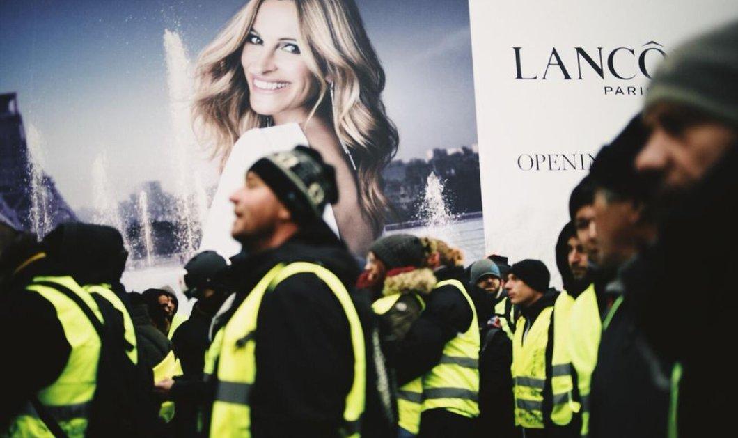 """Για πέμπτη φορά στους δρόμους τα """"κίτρινα γιλέκα"""" - 60 προσαγωγές - Πιο ήρεμο το κλίμα στο Παρίσι (φωτό-βίντεο) - Κυρίως Φωτογραφία - Gallery - Video"""