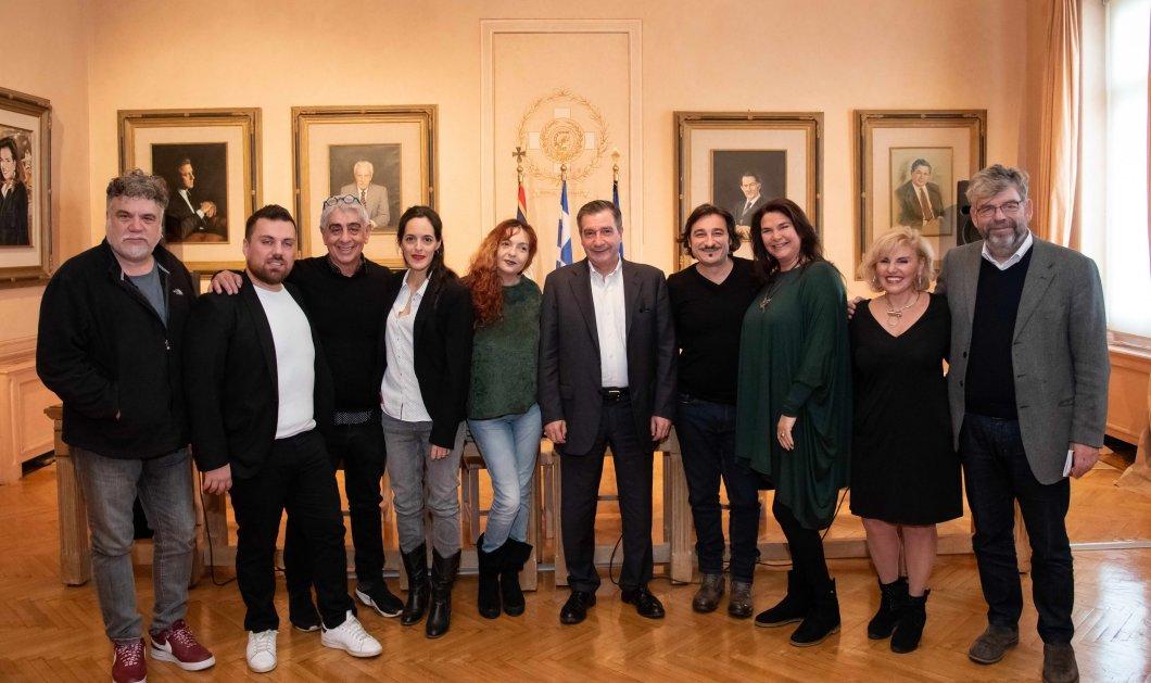 Χριστούγεννα στην Αθήνα: Άγγελοι στην πόλη υποδέχονται το 2019 - 36 ημέρες, 230 εκδηλώσεις στο εορταστικό πρόγραμμα  - Κυρίως Φωτογραφία - Gallery - Video