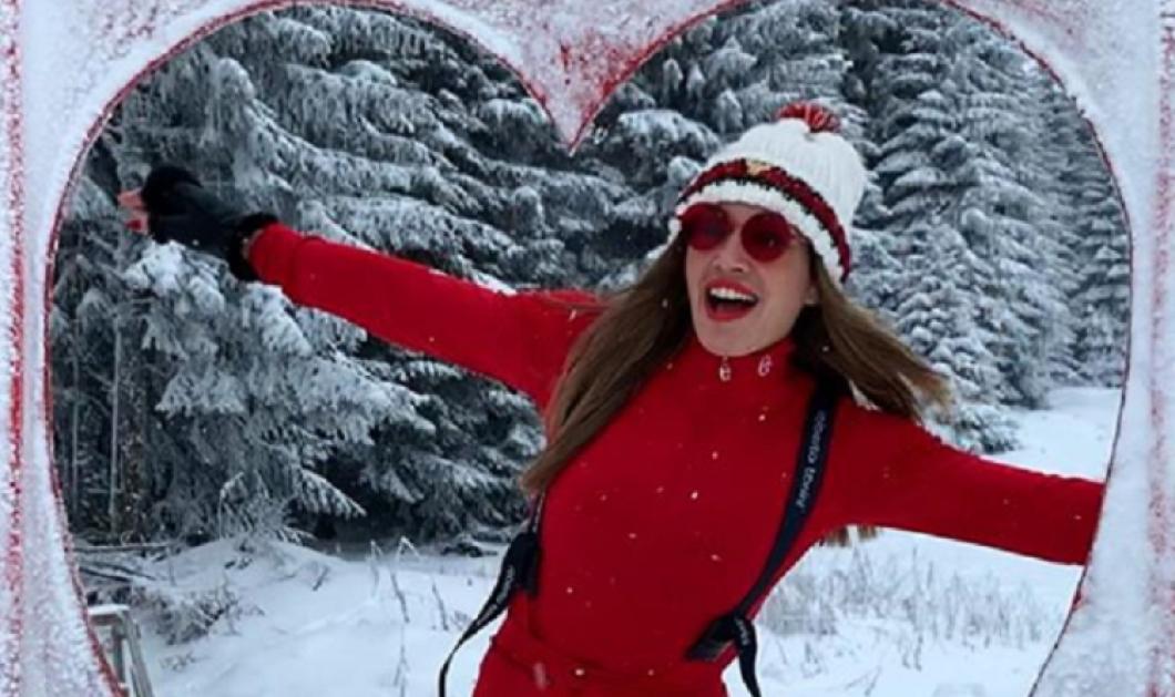 Στα κόκκινα η Ελένη Πετρουλάκη: Με κόκκινη φόρμα στη Σερβία κόκκινη γούνα στην Αράχωβα - Πάντα fit και καλή μαμά (φωτό) - Κυρίως Φωτογραφία - Gallery - Video