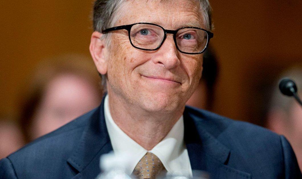 Μπιλ Γκέιτς: Τον «έπιασαν» να στέκεται στην ουρά για να πάρει μπέργκερ με πατάτες & ας έχει 100 δισ. δολάρια! (φωτό) - Κυρίως Φωτογραφία - Gallery - Video