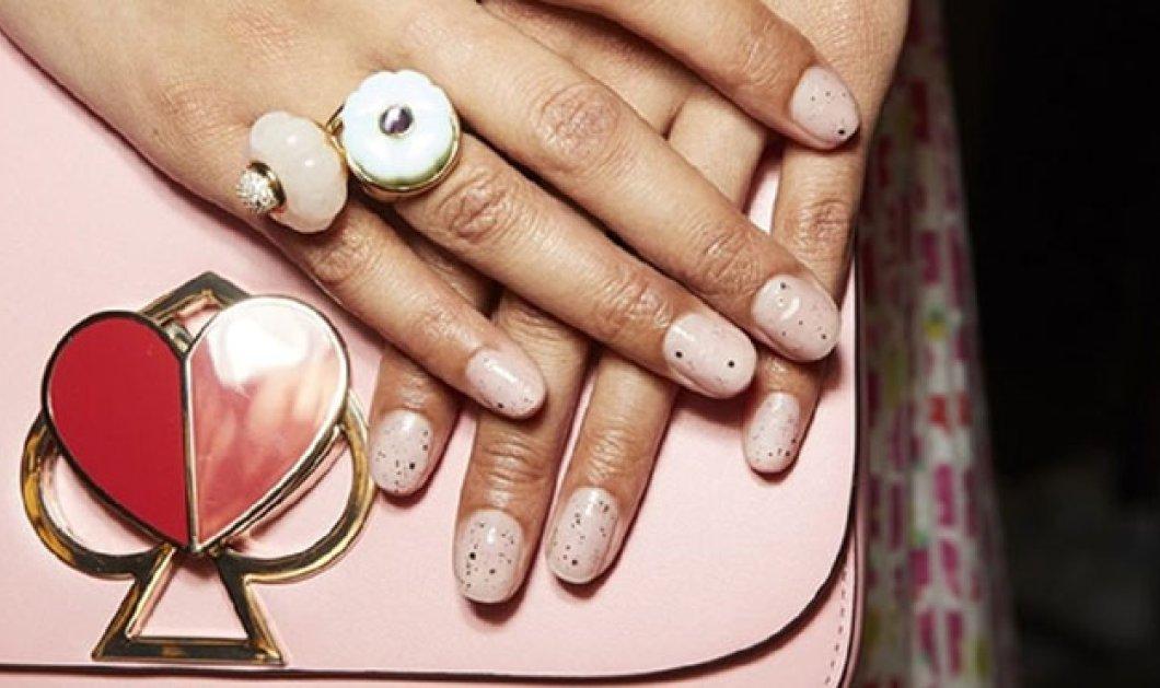 Μανικιούρ Άνοιξη - Καλοκαίρι 2019: Ποια χρώματα θα κυριαρχήσουν; Ροδακινί, κόκκινα ή κίτρινα νύχια; Φώτο - Κυρίως Φωτογραφία - Gallery - Video